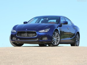 Maserati-Ghibli_2014_800x600_wallpaper_01