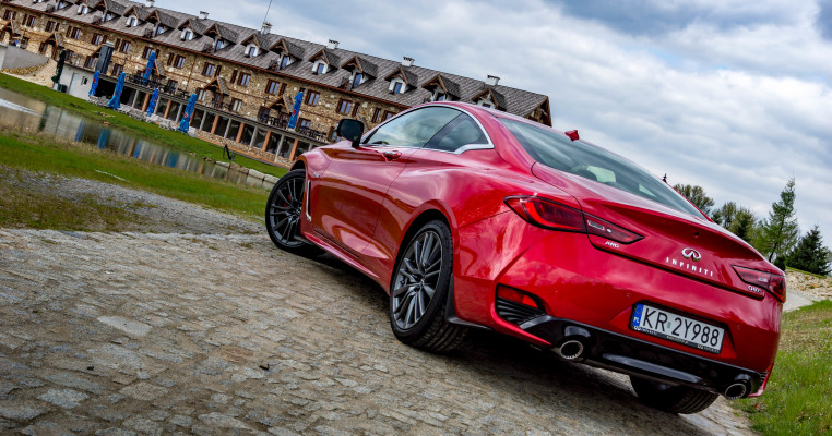 q60 (1 of 17)