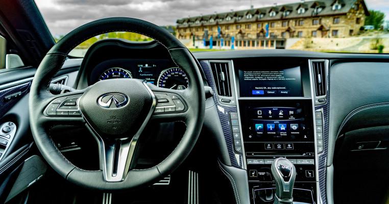 q60_interior (1 of 1)